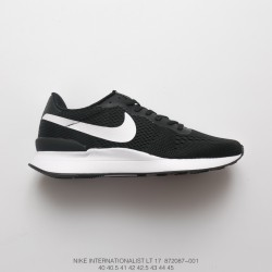 nike internationalist homme 42