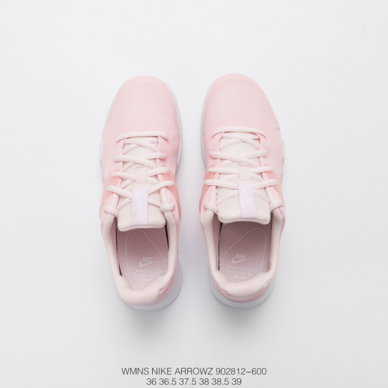 ... 812 600 Deadstock Aerowz Trainers Shoes Arrowz Is Similar To The  Outline Of Sock Dart ... d37a6828f