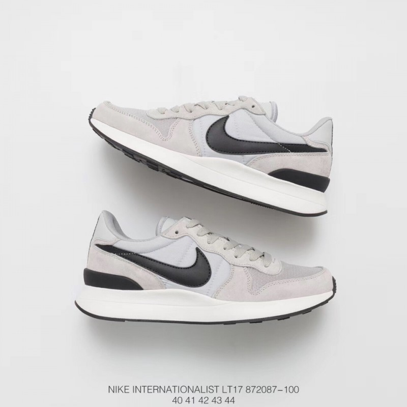 romano Museo Guggenheim Prisionero  Nike Tennis Classic Ac Vintage,087 100 FSR NIKE Waffle Deadstock Classic  Vintage Impression